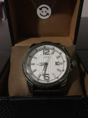 Reloj guess original blanco correa café