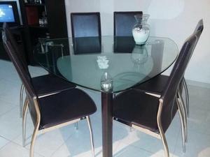 Comedor minimalista 6 sillas mesa triangular posot class for Comedor triangular