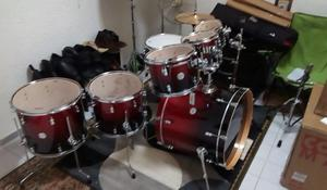 PDP by DW CONCEPT MAPLE 7 PZAS RED TO BLACK FADE