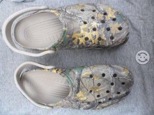 Suecos Crocs camuflaje