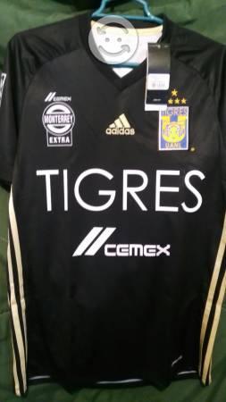 Jersey Adidas TIGRES. Nuevo y original