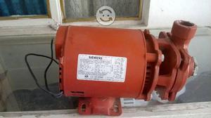 Bomba para agua con motor trif sico 3hp siemens posot class for Bomba de agua siemens