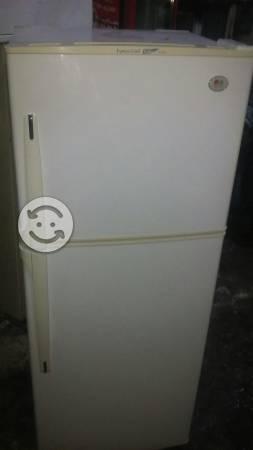 Refrigerador L.G 13 pies color perla