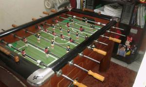 Futbolito y mesa de billar