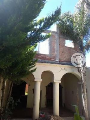 Traspaso Casa Dos Casas en Obra Negra