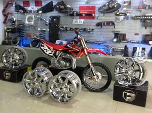 Honda cr 85cc de exhibición
