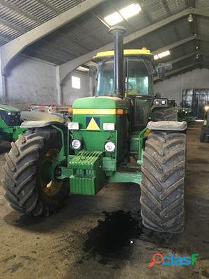 tractor agricola John Deere 4350 y otros