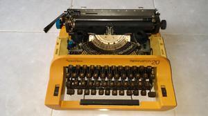 Preciosa máquina de escribir