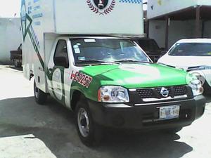 Nissan con permiso de taxi 2014