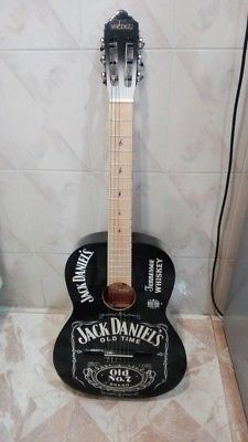 Guitarra - Anuncio publicado por Victor Miranda