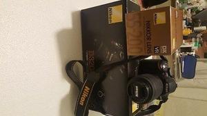 Cámara Nikon D Digital 24.2 Megapíxeles, con 2 Lentes