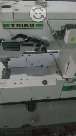 Se vende maquina de coser collaretera