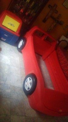 Cama carro little tikes