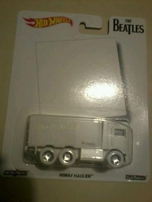 Hot Wheels Coleccion  Pop The Beatles Hiway Hauler