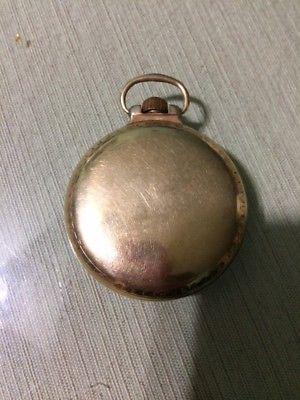 Reloj de bolsillo antiguo laminado de oro