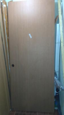 puerta de madera MDF