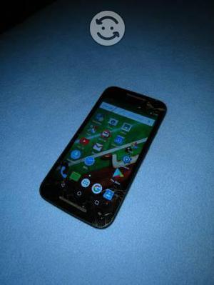 Motorola g3 de 16 gb. Cristal roto pero funcional