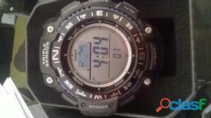Reloj Casio Brújula, Termómetro, Altímetro, Barómetro