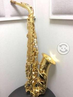 Saxofón Yamaha yas62 alto