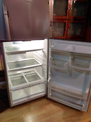 Vendo refrigerador Whirpool de 14 pies