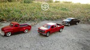 Camionetas a escala de colección