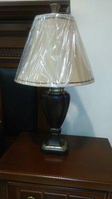 LAMPARA DE MESA ESTILO ANTIGUO modelo