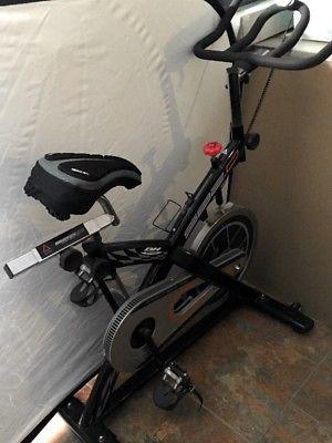 Bicicleta Fija de Spinning SB2.0, de exclusivo diseño para