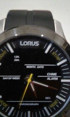 Remato reloj lorus excelente estado $