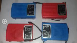 Radios AM En rojo y azul