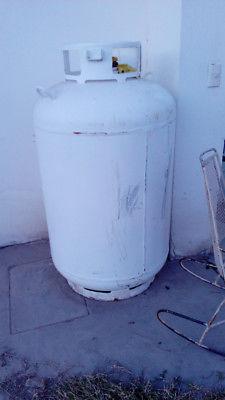Tanque estacionario de gas usado, de 600 lts.