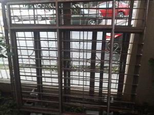 3 Ventanas de fierro con vidrio incluido