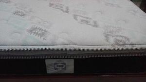 vendo colchon matrimonial marca sealy con base de madera