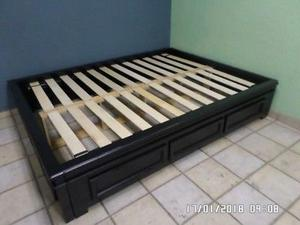 base de cama queen de madera solida