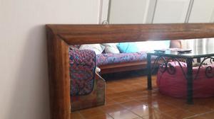 Espejo decorativo con marco de madera rústico