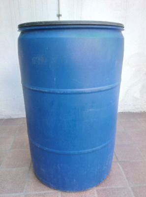 Tambo barril bote grande 220 litros con tapa