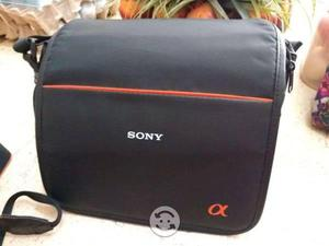Cámara Sony alpha 58 con accesorios incluidos