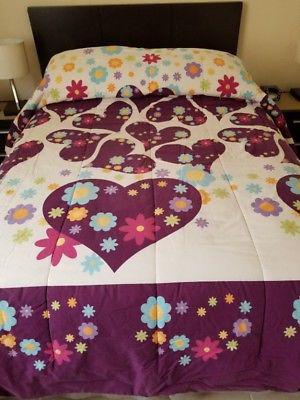 Edredón con doble vista con ropa de cama $500