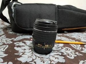 Lente AF-P DX Nikkor  mm F/G VR, color Negro