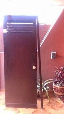 Vendo puerta de Madera