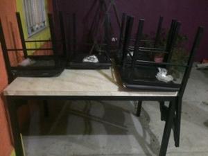 Comedor de madera 4 sillas (usado) Muy buenas condiciones