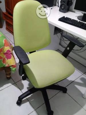 Silla reclinable color verde