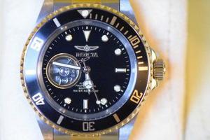 Reloj Invicta Automatic Professional Caratula Negra Dorado