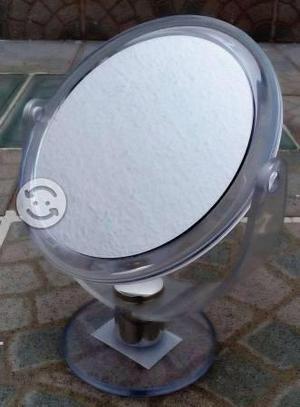Espejo giratorio con base de acrílico, con aumento