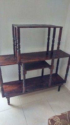 Mueble /librero de madera de pino