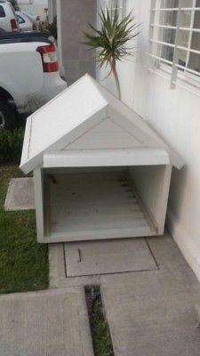 Vendo casa para perro de raza grande