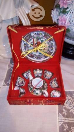 Mini juego de té de porcelana