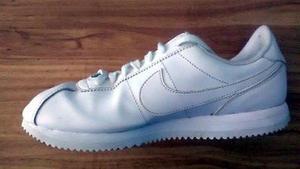 Tenis Nike blancos super precio