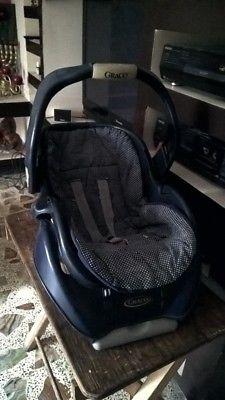 Vendo silla de auto para bebé  $350 pesos