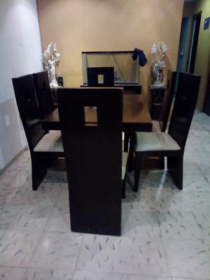 Comedor color vino con seis sillas posot class for Comedor seis sillas