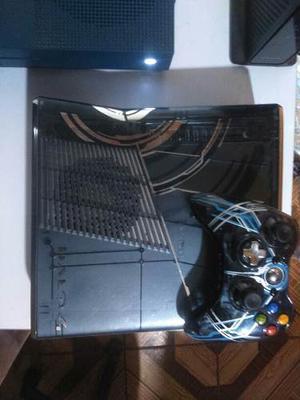 Xbox 360 Slim 320 Gb Halo4 38 Juegos,gta5,cod